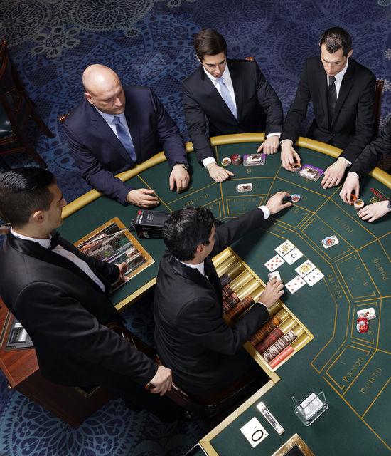 Antoine Grauss :croupier, ou la maîtrise de soi au royaume du jeu