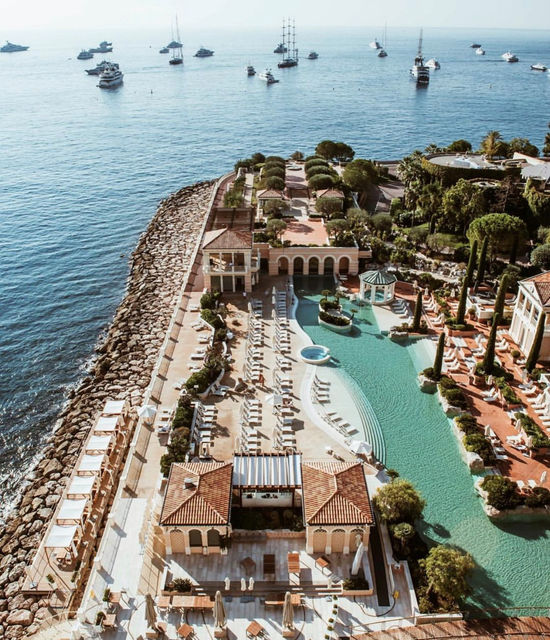Lagon Monte-Carlo Bay Hotel and Resort