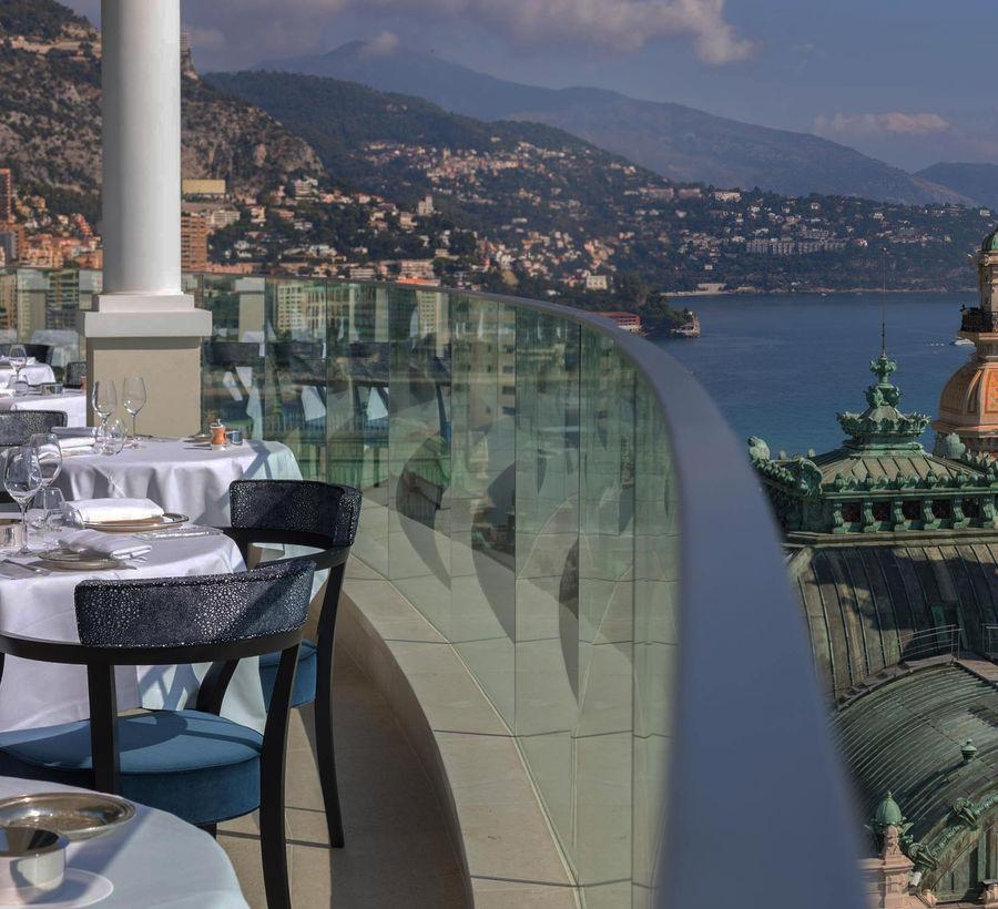 Dossier Spécial du Resort aux 7 étoiles