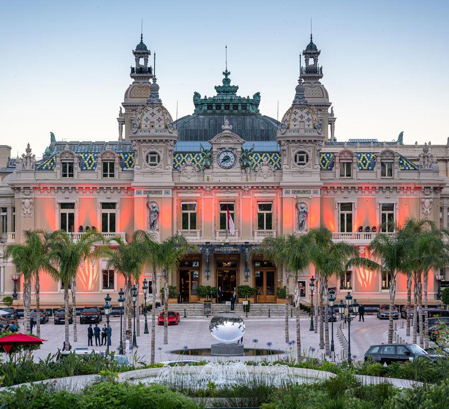 Place du Casino Monte-Carlo - Monaco