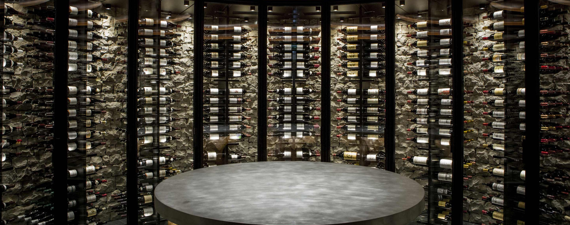 Hotel de Paris Monte-Carlo Louis XV Restaurant Alain Ducasse Monaco Cave à vins