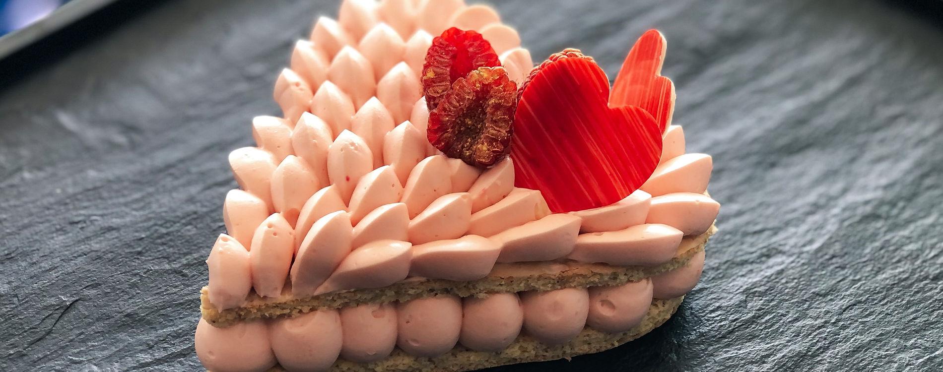 Dessert Saint Valentin 2021 Le Grill Monaco - Cœur Rose et Framboise