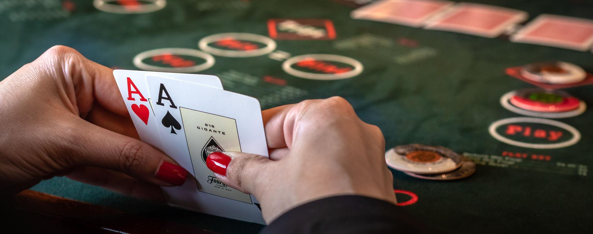 Ultimate Texas Hold'em Poker in Monaco | Monte-Carlo Société des Bains de  Mer