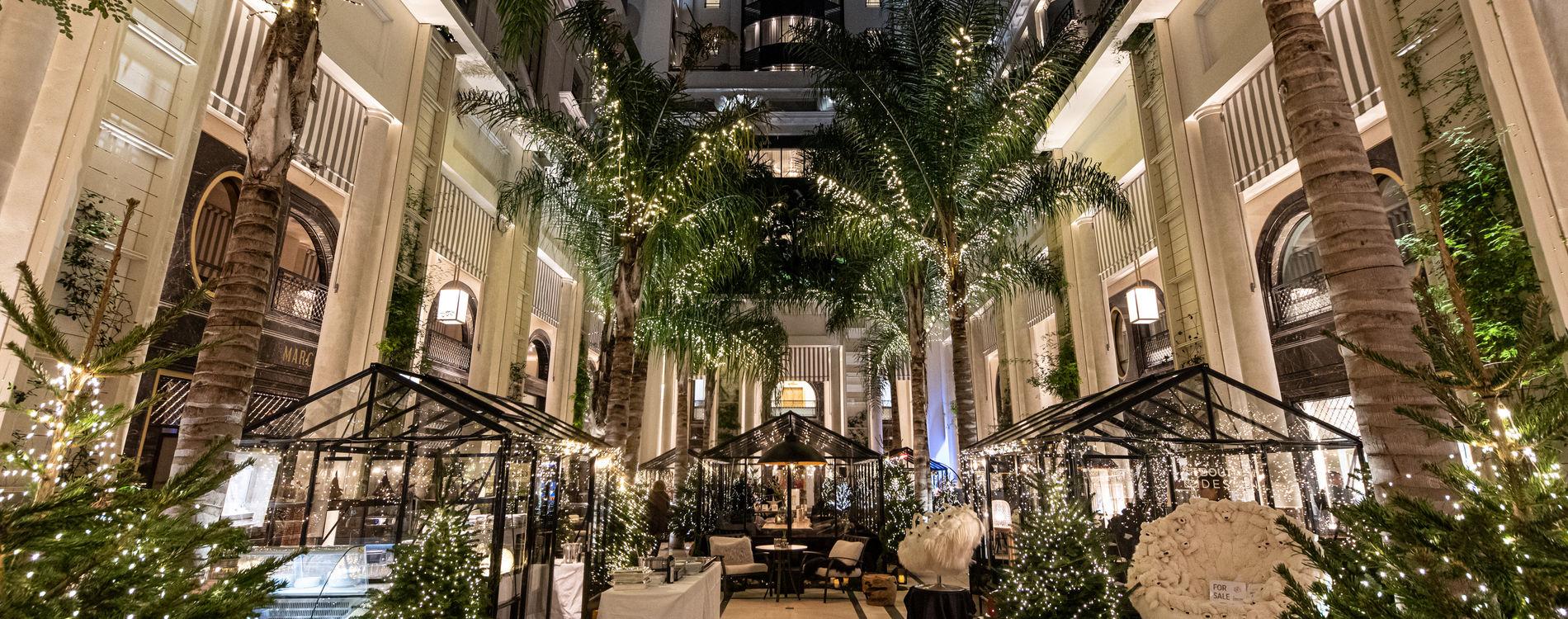 Hôtel de Paris - Patio - Décorations Fêtes de Fin d'Année 2019