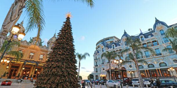 Place Du Casino - Décoration de Noël