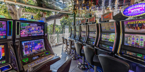 Casino Café de Paris - Terrasse de Jeux