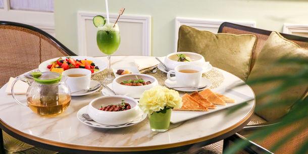 Hôtel Hermitage - Limun Bar - Breakfast